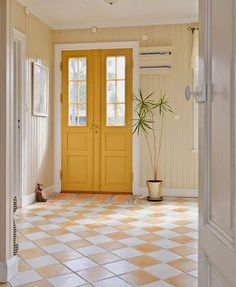 Best Front Door Paint Colors – Popular Colors To Paint An Entry Door. Looking for painting ideas and guides on how to paint a room? We have great guides on choosing the right paint color! Door Paint Colors, Exterior Paint Colors For House, Paint Colors For Home, Yellow Doors, Yellow Hallway, Bedroom Yellow, Sweet Home, Yellow Cottage, Yellow Interior