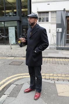 A strong look is a good look. Shoreditch Style