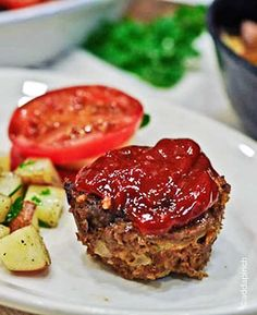 Meatloaf Muffins - www.addapinch.com - 3 pounds ground beef or turkey, ½ onion, diced, 2 eggs, 1 cup cracker or bread crumbs 2 tablespoons Worcestershire sauce, ⅓ cup ketchup, 2 tablespoons brown sugar.