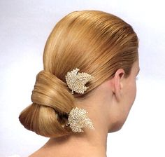 Simple Bride Hair Style With Clips, Blond