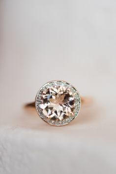 Stunning rose gold diamond ring. View the full wedding here: http://thedailywedding.com/2016/07/26/gatsby-glam-wedding-inspiration/