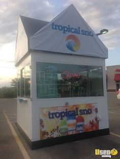 Turnkey Shaved Ice Trailer in Wisconsin for Sale Ice Car, Ice Truck, Concession Trailer, Daiquiri, Wood Sculpture, Shaving, Wisconsin, Toy Chest, Tropical