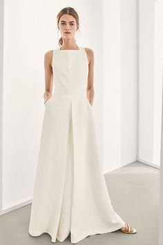 Women´s Dresses at Massimo Dutti online. Enter now and view our Spring Summer 2019 Dresses collection. Casual Summer Dresses, Dresses For Work, Sheer Maxi Dress, Maxi Robes, One Piece Outfit, Linen Dresses, Women's Dresses, Mode Outfits, White Fashion