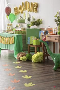 Dinasour Birthday, Dinosaur First Birthday, Baby Boy 1st Birthday, 4th Birthday Parties, Birthday Party Decorations, Birthday Ideas, Dinosaur Party Decorations, 5th Birthday, Birthday Themes For Boys