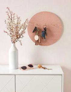 Diy Home Decor Easy, Easy Diy Crafts, Diy Home Crafts, Decor Crafts, Diy Decorations For Home, Modern Crafts, Decor Diy, Wood Crafts, Table Decorations