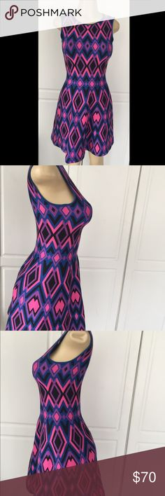 Issa London Dress Issa London Dress Stretchy super elegant good condition Issa Londen Dresses