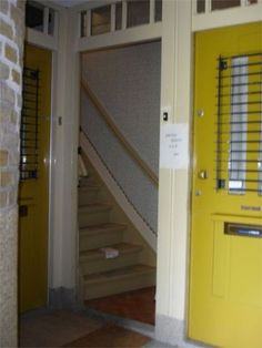 The restoration of Merwedeplein 37, Anne's home in Amsterdam until she went into hiding in July 1942 Entrance to 37-2