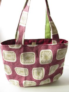 Check out this item in my Etsy shop https://www.etsy.com/uk/listing/255901953/shopper-tote-bag-in-plum-and-green