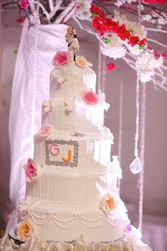 5-layered wedding cake