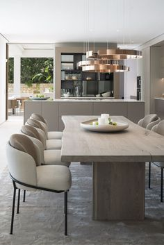 Luxury Dining Tables, Luxury Dining Room, Modern Dining Table, Dining Room Design, Dining Room Table, Dining Sofa, Elegant Dining, Kitchen Interior, Home Interior Design