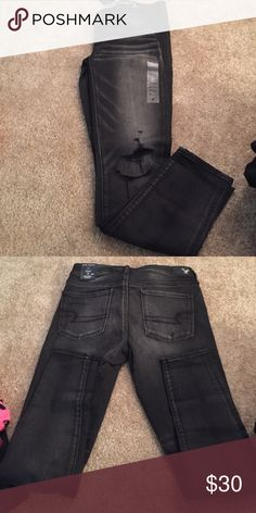 Distressed grunge jeggings Distressed jeggings American Eagle Outfitters Jeans