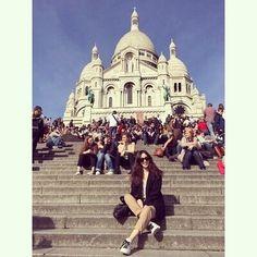 려원 패션/려원 스타일/려원 사복/려원 데일리룩/봄 데일리룩 : 네이버 블로그 Jung Ryeo Won, Beige Pants, White Beige, Korean Fashion, Taj Mahal, Street Style, Celebrities, Womens Fashion, Travel