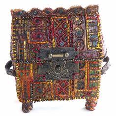 Saxon reliquary box – light moulding paste