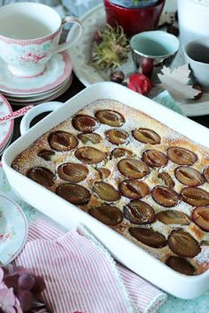 Quick plum curd casserole – sasibella – Famous Last Words Pastry Recipes, Cake Recipes, Dessert Recipes, Dessert Ww, My Favorite Food, Favorite Recipes, Low Carb Deserts, Cake & Co, Sweet Pastries