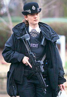British police Women  | British policewoman