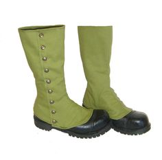 boot spats!  If I can figure out how to make this, I'd be the coolest...