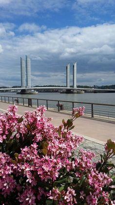 Bordeaux pont Jacques-Chaban-Delmas