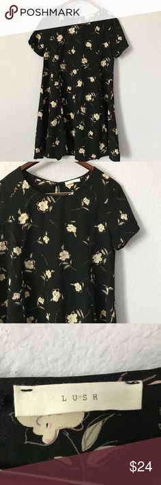 Lush black floral dress with a keyhole back size M This 90's inspired black floral print dress is nice and easy for the spring and summer. It is meant to be loose on the body. It is in EUC with no holes, rips, or stains. Bundle with other items from my closet for the best deal! Lush Dresses Midi