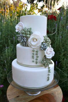 Succulent Wedding Cakes: A Hot Wedding Trend