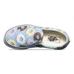 The Late Night Classic Slip-On features low profile slip-on canvas uppers with an allover donuts print, padded collars, elastic side accents, and signature rubber waffle outsoles.