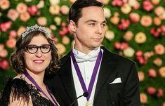 Amy, Sheldon, and their Nobel; The Big Bang Theory. Big Bang Theory Show, Big Bang Theory Quotes, The Big Band Theory, Leonard Hofstadter, Chuck Lorre, Howard Wolowitz, Amy Farrah Fowler, Mayim Bialik, Johnny Galecki
