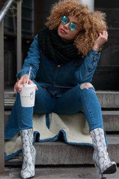 Snake skin X shake shack! (peanut butter to be exact) Boots @lolashoetique Photographer @thezaelist Fashion & Hair Look by curly.edgy