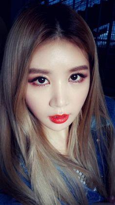 Zhangjiajie, Chinese Name, Chinese Zodiac Signs, Yuehua Entertainment, Pop Group, Multimedia, Dancer, Korean, Asian