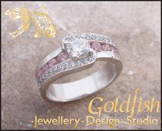 Palladium and pink sapphires. Goldfish, Pink Sapphire, Wedding Rings, Engagement Rings, Jewelry, Design, Fashion, Enagement Rings, Moda