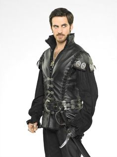 "Killian ""Captain Hook"" Jones -- new promo shots for S3"