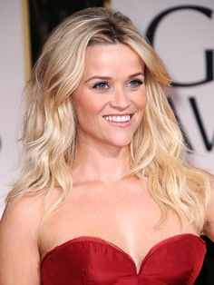 Reese Witherspoon at the 2012 Golden Globes.