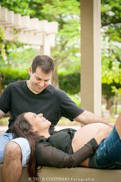 pregnant photo shoot, couple