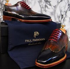 Paul Parkman hand-painted, double leather sole, goodyear welted oxfords. Wingtip perforated decoration on upper with pink lacing.