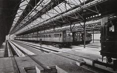 Interior of Neasden depot showing Metropolitan Line trains. Neasden deals with both surface line and deep level tube stock Old London, East London, Metropolitan Line, London Underground Tube, London Transport Museum, Vintage Pictures, Locomotive, Transportation, Black And White