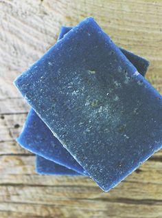 Blue Sky Beard and Body Bar - Rosemary + Mint Goat Milk Soap Soap Making Recipes, Soap Recipes, Diy Beauty Soap, Lush Soap, Beard Soap, Soap Supplies, Soap Shop, Whipped Soap, Diy Scrub
