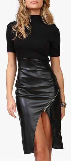 Sexy Little Black Leather Dress <3 #lbd 2/14/15 I love the style of this leather dress. Simply amazing.