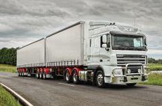 Truck DAF XF in Australia (http://www.newtrucksearch.com.au/reviews/2012/8/daf-trucks-xf-105-prime-mover-review/ http://assets.cougar.nineentertainment.com.au/imagegen/cp/black/800/600/assets/TraderSpecs/GalleryMedia/Main_XF_bdub_hero_2_2.jpg http://www.gooddesignaustralia.com/awards/past/entry/daf-xf105/?year=2012)