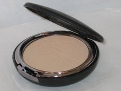 It Cosmetics Celebration Foundation in Tan Compact. It Cosmetics Celebration Foundation in tan Compact. no retail box. comes with a latex puff. It Cosmetics Celebration Foundation, No Foundation Makeup, Compact, Face Makeup, Moisturizer, Image Link, Celebrities, Retail Box, Amazon