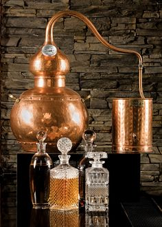 moonshine still with 4 sections and gallon kettle,moonshine still,home distilling Home Distilling, Distilling Alcohol, Homemade Alcohol, Homemade Liquor, Home Brewery, Home Brewing Beer, Whisky, Moonshine Still Plans, Distilling Equipment