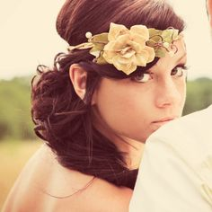 Maybe for my (eventual) wedding or a lovely day around town, this headband is GORGEOUS! Love it!