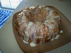 Cinnamon Roll Monkey Bread...ok y'all..this is the BEST and easiest monkey bread ever!