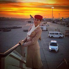 Emirates stewardess crewfie @havadaucankiz