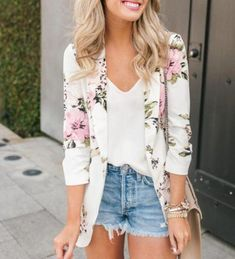 Floral Blazer Outfit, Blazer Outfits, Casual Blazer, Blazer Dress, Floral Cardigan, Dress Outfits, Day Out Outfit, Floral Outfits, Stylish Clothes