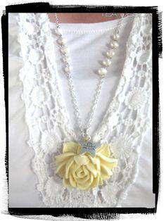 #vanillarose #ruusu #luonnonvalkoinen #ruusukaulakoru #kesä