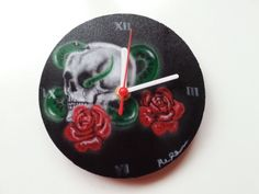 skull clock reminds me of my mortality and limited time of life Airbrush Skull, Clock, Motivation, Christmas Ornaments, Holiday Decor, Life, Watch, Christmas Jewelry, Clocks
