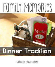 {Holiday Traditions} Love the Christmas card idea, so obvious that it is brilliant... *Trying this tomorrow night with the kids