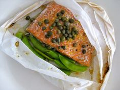 Salmon en papillote by acookgrowsinBK, via Flickr