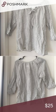 Self tie bow gingham blouse top Good condition 3/4 sleeve Check out my other items and bundle for discounts and to save on shipping :) Tops Blouses
