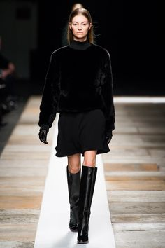 Theyskens' Theory Fall 2013 Ready-to-Wear Collection Photos - Vogue