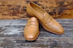 http://chicerman.com  dandyshoecare:  Befor and After  John Lobb by Dandy Shoe Care  Your shoes are a sort of a business card. Do not neglect this important aspect of the look. Please ask Dandy Shoe Care to turn your shoes into a great example of true class and distinguished elegance.  #menshoes