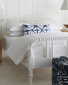 Give your bed a tailored finish with a border duvet cover while keeping things crisp using all white bedding. Use throw pillow styling for a punch of pattern. Matching Bedding And Curtains, Duvet Bedding Sets, Dorm Bedding, White Bedding, White Bedroom, Master Bedroom, White Interior Design, Luxury Duvet Covers, Coastal Bedrooms
